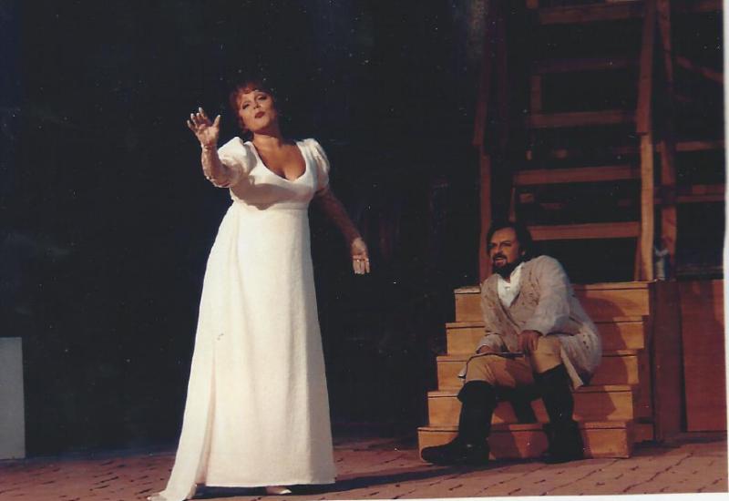 Michael-renier-as-cavaradossi-in-Tosca-Puccini-with-Dagmar-Zaludkova-in-Germany